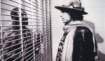 "Dylan visita o ""Hurricane"" na prisão"