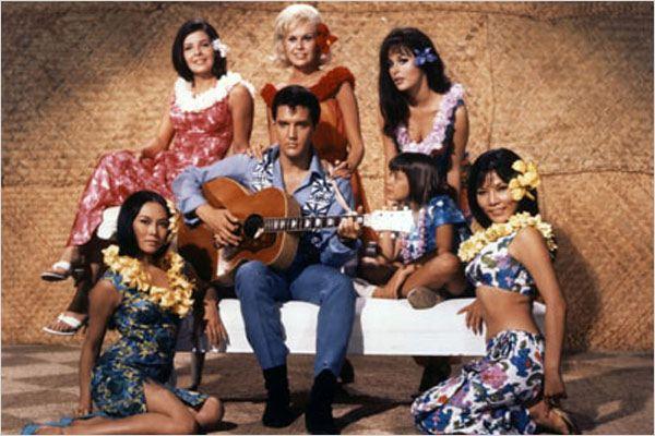 """Elvis bo filme """"Feitiço Havaino"""""""