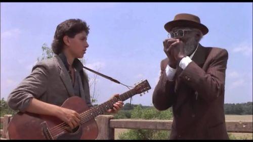 """Cena do filme """"Crossroads"""" inspirado no mito Robert Johnson"""