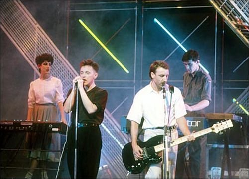 New Order (Gilbert, Sumner, Hook e Morris)