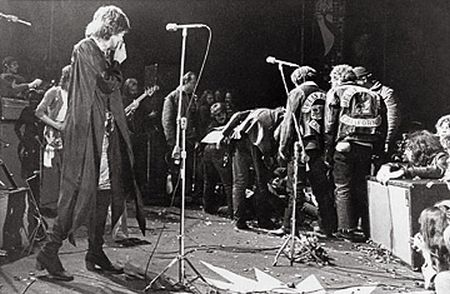 Os Rolling Stones escandalizados com a violência no Festival de Altamont - 1969