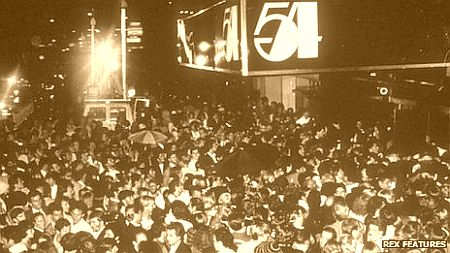 Studio 54, templo da disco music da década de 1970.
