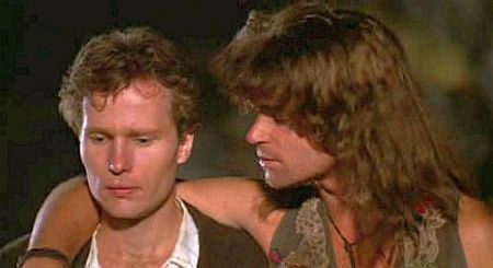 Claude (John Savage) e Berger (Treat Williams) no filme de Milos Forman