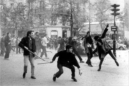 França - 1968: A calçada como arma