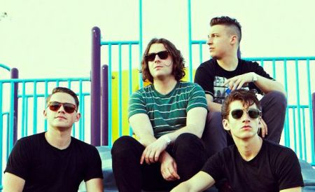 Arctic Monkeys_00