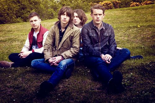 Arctic Monkeys_04