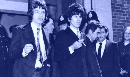 Mick e Keith após o julgamento