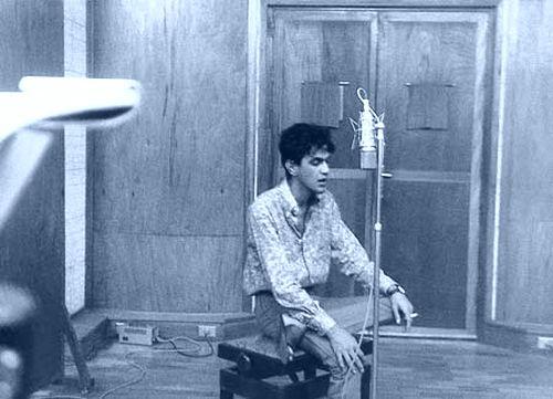 Caetano na gravação de voz em Salvador