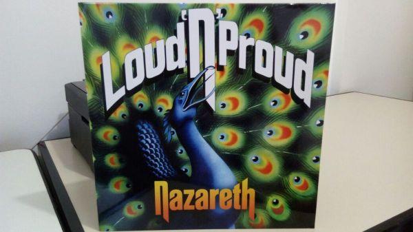 Gosto muito da capa do álbum. Este não é o mesmo que tocou naquela noite há 40 anos!!!